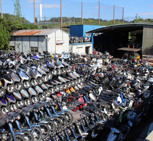 キンキオートバイ屋外