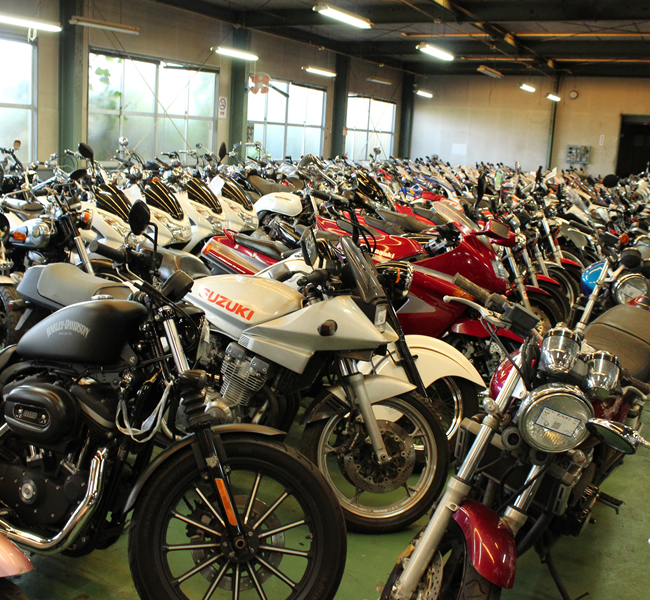 キンキオートバイ倉庫1階在庫